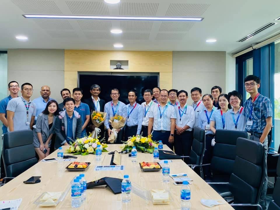 Lễ ký kết hợp tác MOU giữaKhoa Vật lý - Vật lý kỹ thuật vàCông ty Robert Bosch Việt Nam