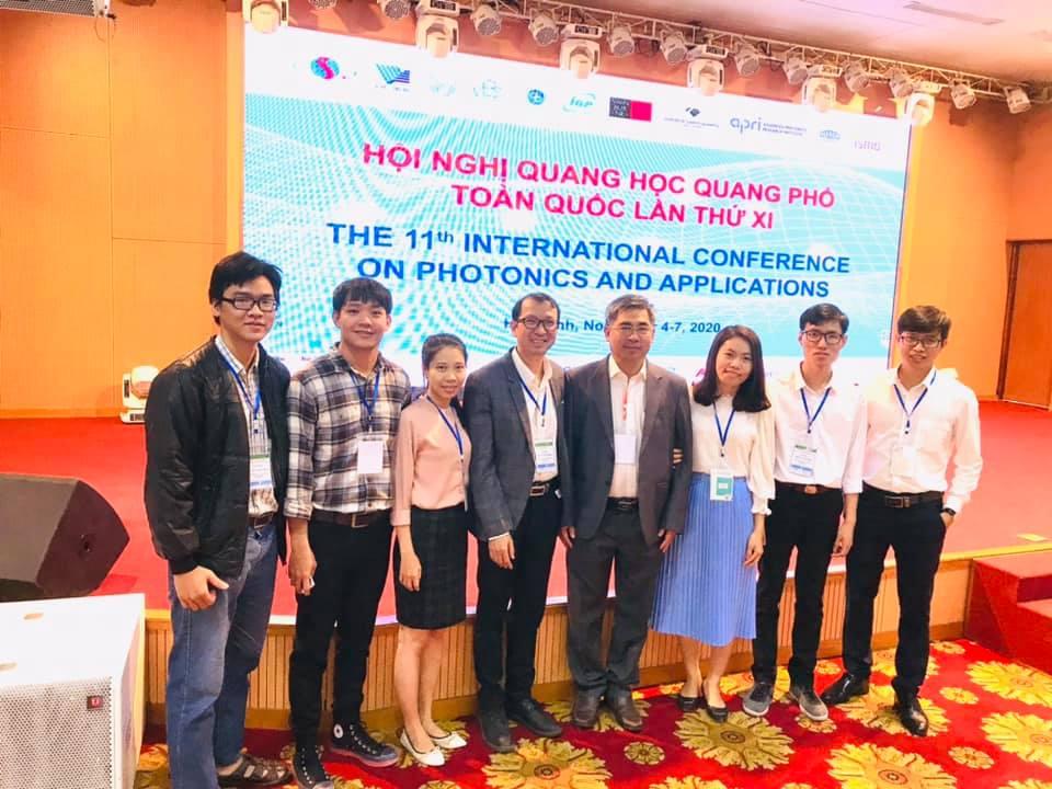 Tham dự Hội nghị Quang học Quang phổ Toàn quốc tại Hòa Bình của Thầy - Trò Bộ môn Vật lý ứng dụng